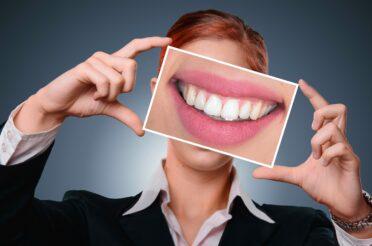 Ricostruzione dentale – L'incapsulamento di corone in Zirconio